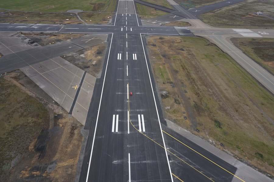 keflavÍk airport renewal of two 3 km runways Íav